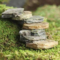 Miniature Stacked Stone Path - New Items Twig Crafts, Fairy Crafts, Garden Crafts, Fairy Village, Fairy Garden Supplies, Vintage Garden Decor, Fairy Furniture, Dollhouse Furniture, Stone Path