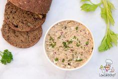 Met dit recept maak je gemakkelijk zelf een heerlijke koolhydraatarme tonijnsalade. De salade is royaal gevuld met tonijn, ei en mayonaise. #koolhydraatarm #keto #lunch Low Carb Recipes, Healthy Recipes, Brunch, Weight Watchers Meals, Food And Drink, Snacks, Eat, Cooking, Breakfast