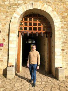 Entering the #castle #romania Romania, Castle, Life, Home Decor, Decoration Home, Room Decor, Castles, Home Interior Design, Home Decoration