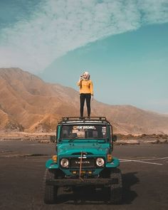 Bromo Tengger Semeru by Ootd Hijab, Hijab Outfit, Girly Pictures, Travel Pictures, Angle Foto, Hijab Style Dress, Modern Hijab Fashion, Perfect Selfie, Hijab Tutorial