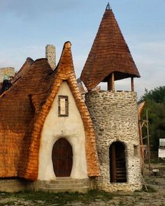 A Couple Built This Beautiful Castle in Romania and It's 100% Organic!