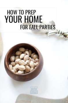 Before you host fall or Thanksgiving parties or dinner in your home, follow these tips to organize your kitchen and living room. Soon, you'll be ready for fall entertaining! #clutterkeeper Thanksgiving Parties, Thanksgiving Ideas, Organizing Ideas, Organization Hacks, Getting Organized At Home, Amazing Life Hacks, Autumn Aesthetic, Productivity Hacks, Festival Decorations