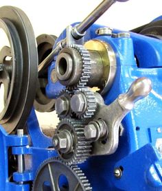 History and development of the Craftsman, Dunlap and AA Lathes and other machine tools Metal Lathe Tools, Metal Bending Tools, Metal Working Tools, Lathe Machine, Machine Tools, Car Key Programming, Industrial Machine, Drill Press, Super Bikes