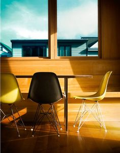 I've always said there's nothing better than when simple design is done well. These Eames dining chairs are the epitome of that philosophy--working beautifully in this MCM space.