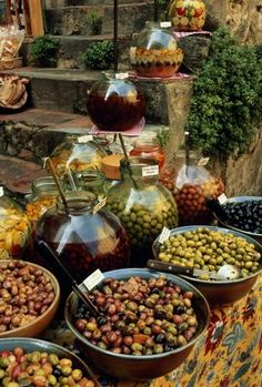 France, Provence-Alpes-Cote d'Azur, display of olives outside shop La Provence France, French Countryside, Olive Tree, French Food, Farmers Market, Veggies, Around The Worlds, Healthy, Olive Market