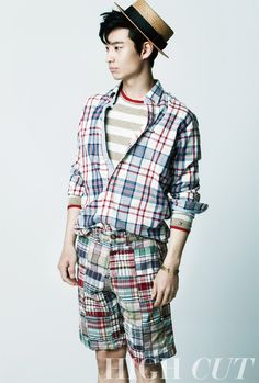 All about check patterns Korean Men, Korean Actors, Tomorrow With You, Lee Je Hoon, Summer Photos, High Cut, Kdrama, Mens Fashion, Magazine