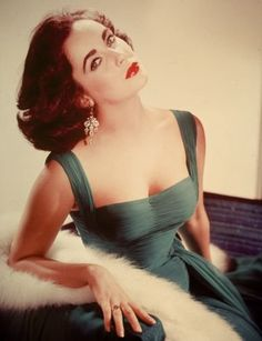 Elizabeth Taylor  Classic Hollywood Glam: Fashions of the 40s, 50s and 60s