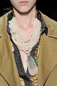 Dries Van Noten amazing necklace w pearls and huge pendant...