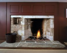Late 18th century restored keeping room fireplace