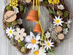 Дверные венок с цветочным кулоном