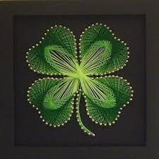 String art shamrock by jannyshere Nail String Art, String Crafts, Cute Crafts, Diy And Crafts, Arts And Crafts, Arte Linear, Cuadros Diy, String Art Patterns, Flower Patterns
