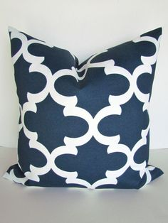 Throw Pillows Garnet Hill : 1000+ images about Master on Pinterest Navy pillows, Decorative pillow covers and Navy blue ...