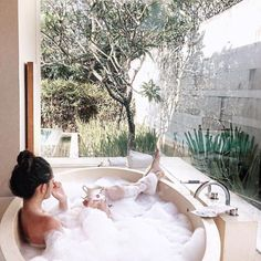 girl, relax and bath image on We Heart It Jacuzzi, Patio Chico, Entspannendes Bad, Chill Pill, Home Spa, Just Relax, Lazy Days, Spa Day, Bath Time