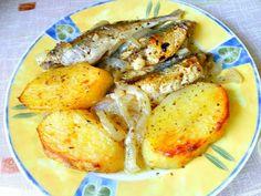 Ψαράκια στο φούρνο με πατάτες λεμονόλαδο !!! ~ ΜΑΓΕΙΡΙΚΗ ΚΑΙ ΣΥΝΤΑΓΕΣ 2 Seafood Recipes, Chicken, Meat, Ocean Perch Recipes, Cubs