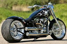 Chopper and Customs Motorcycle Photos Motos Harley Davidson, Harley Davidson Custom Bike, Custom Choppers, Custom Harleys, Custom Street Bikes, Custom Bikes, Bobbers, Motos Honda, Chopper Motorcycle