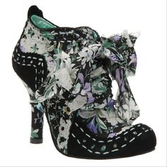 """Mixed textures and patterns makes the Irregular Choice """"Abigails Party"""" bootie a must have for flamboyant fashionistas. Unique Shoes, Cute Shoes, Me Too Shoes, Big Shoes, Dream Shoes, Fairy Shoes, Irregular Choice Shoes, Bridesmaid Shoes, Purple Shoes"""