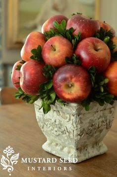 Fresh Apple Topiary by the talented Miss Mustard Seed (also pinned to Polenta & Veggie Stuffed Red Peppers recipe) Apple Centerpieces, Apple Decorations, Thanksgiving Decorations, Christmas Decorations, Topiary Centerpieces, Haft Seen, Miss Mustard Seeds, New Fruit, Deco Floral