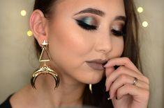 Kathleen Lights x Makeup Geek Highlighter Palette + Makeup Geek Eyeshadow in Corrupt + Makeup Geek Pigment in Insomnia. Look by: Martine Kristine