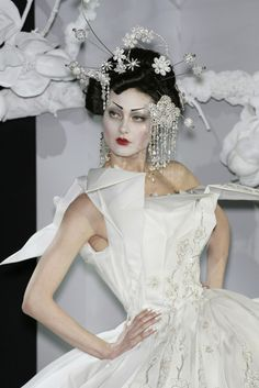 Shalom Harlow - Dior Couture / John Galliano - 2007