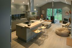 Kitchen Living Room soft greys and pale wood in a contemporary kitchen/living space Kitchen Diner Extension, Open Plan Kitchen Diner, Kitchen Layout, Kitchen Seating, Bar Seating, Design Kitchen, Kitchen Family Rooms, Living Room Kitchen, New Kitchen