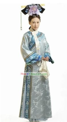 Traditional Chinese, Chinese Style, Traditional Outfits, Chinese Hair, Folk Costume, Costumes, Dynasty Clothing, Kimono Japan, Hanfu