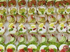 Dvouhubky : 42 kanapek (6 druhů po 7 kusech)