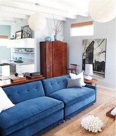 Sala Contraste Azul E Amarelo  Ambientes Com Cores Complementares Awesome Blue Sofa Living Room Design Inspiration Design