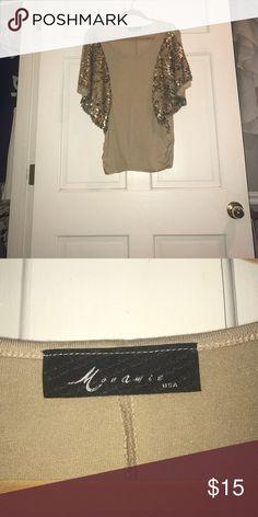 Size medium MAKE A OFFER Tops Blouses