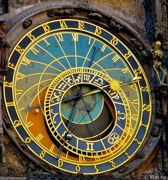"Praga, ""orologio astronomico""......a dir poco astruso! by Max.69, via Flickr  Translation:  Prague, ""astronomical clock"" ...... to say the least abstruse!  on Explore - Sep 23, 2011."