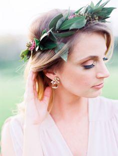 Beautiful smokey eye makeup   Photography: Laura Ann Miller - http://lauraannmiller.com/