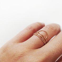 Sarah & Sebastian & Lumo jewelry rings. Via Mija