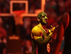 LeBron James, unhindered by the mask protecting his broken nose, poured in 31 points to lead Miami to a NBA rout of the New York Knicks.James on Lebron James Mask, King Lebron James, King James, Miami Heat Game, Lebron James Miami Heat, Lebron James Wallpapers, Broken Nose, Mlb Giants, Orlando Magic
