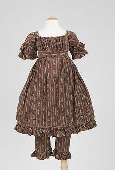 1820-29, Kinderkleid aus Baumwolle mit passende Hose, USA