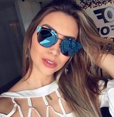 Óculos espelhados estão super na moda!  A @blogdanathalia escolheu arrasar com o Dior Composit  #envyotica #modasolar #Dior #diorcomposit #diorsunglasses #dioreyewear #nathaliarezende
