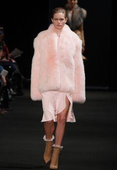 Baby pink faux fur <3 <3 <3 on the Altuzarra catwalk