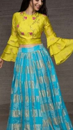 5 Types of Traditional Indian fashion Indian Fashion Dresses, Indian Gowns Dresses, Dress Indian Style, Indian Designer Outfits, Choli Designs, Lehenga Designs, Saree Blouse Designs, Stylish Dress Designs, Stylish Dresses
