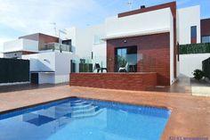 Villa mit Pool bei La Nucia  Details zum #Immobilienangebot unter https://www.immobilienanzeigen24.com/spanien/comunidad-valenciana/03520-polop/Villa-kaufen/19845:-1913326888:0:mr2.html  #Immobilien #Immobilienportal #Polop #Haus #Villa #Spanien