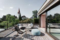 Modern single family residence located in Switzerland, designed by Meier Architekten. Terrasse Design, Outdoor Living, Outdoor Decor, Design Moderne, Patio, Inspiration, Projects, Home Decor, Meier