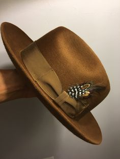 Mens Dress Hats, Men Dress, Black Men Casual Style, Mens Fall Street Style, Fadora Hats, Gentleman Hat, Steampunk Top Hat, Cool Hats, Well Dressed Men