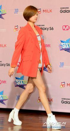 [PRESS] 2015.04.29 — Jungyeon <SIXTEEN> Press Conference © sports.chosun.com