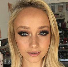 Mia Connor Makeup Artist @miaconnor www.miaconnor.com