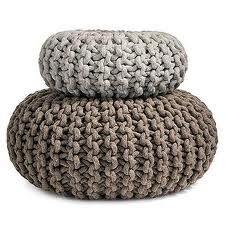 Heel mooi vind ik deze grof gebreide kussens / Knitted pillows