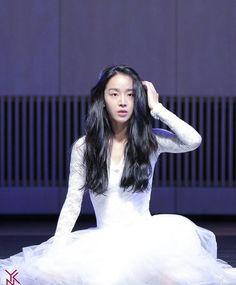 Korean Actresses, Asian Actors, I Got You Fam, Angel S, Kdrama Actors, Korean Celebrities, Movies Showing, Pop Music, K Idols