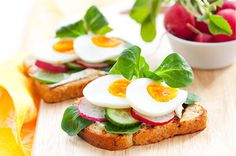 Fresh toast sandwiches with egg,radish,cucumber and soft cheese photo Egg Recipes, Clean Recipes, Healthy Recipes, Healthy Sweet Snacks, Quick Snacks, French Toast Sandwich, Clean Eating Diet, Healthy Eating, The Last Summer