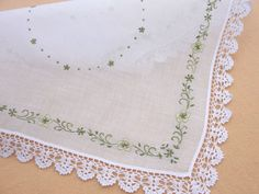 color hand embroidery flower lace edging Hankies