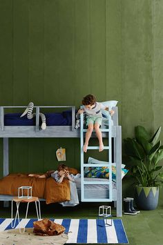 Modern Kids Rooms with Bunk Beds - Petit & Small Little Boys Rooms, Kids Rooms, Room Kids, Child Room, Boy Rooms, Deco Kids, Kids Bunk Beds, Loft Beds, Modern Kids