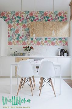 Transform any room in your home into a Hawaiian paradise with this adhesive wallpaper! This vinyl wallpaper features a bright and tropical print of plumeria flo