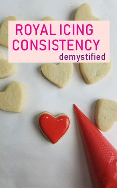 Consistency How to thin royal icing to different consistencies, video tutorial. Examples of when to use different consistencies.How to thin royal icing to different consistencies, video tutorial. Examples of when to use different consistencies. Cut Out Cookies, Iced Cookies, Sugar Cookies Recipe, Heart Cookies, Royal Icing Decorated Cookies, Owl Cookies, Icing Frosting, Frosting Recipes, Cookie Icing Recipes