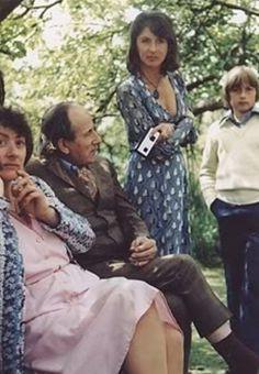 Brett Anderson with his mom, 1980 Brett Anderson, Britpop, Music Film, Popular Culture, My Man, Pop Culture, Most Beautiful, Couple Photos, Cute