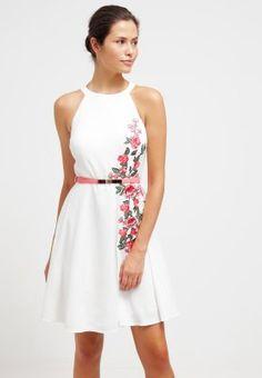 Little Mistress dress, white dress, pink roses https://www.zalando.fi/little-mistress-juhlamekko-offwhite-lm121c09d-a11.html